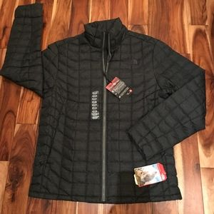 The North Face Men's Thermoball Jacket Large NWT